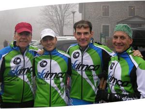 Nos quatres entraîneurs : Réjean Charbonneau, Mark Comaniuk, Martin Massicotte et Michel Labrie